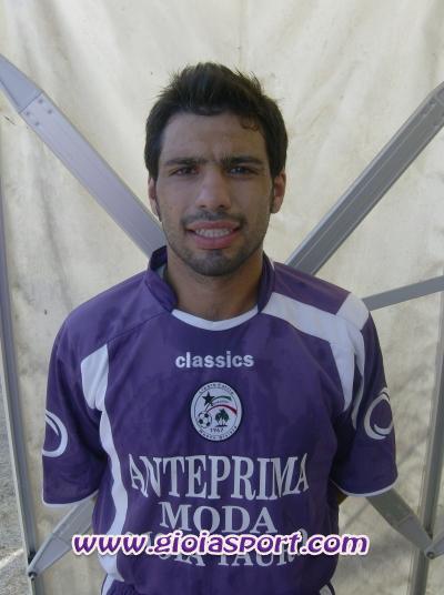 il difensore-lottatore della N. Gioiese, Michele Spoleti