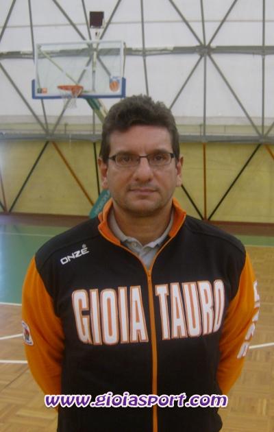 Alessandro Fantozzi, coach Cestistica Gioiese